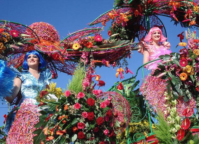 Magnífico del desfile de la Batalla de las flores