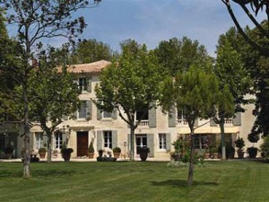 hotel-arles-mas-saint-florent