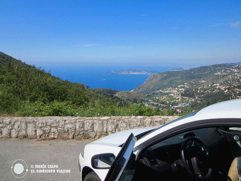 El coche, una de las mejores maneras de moverse por la Provenza y la Costa Azul