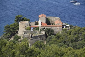 provenza-port-cros-fort-moulin