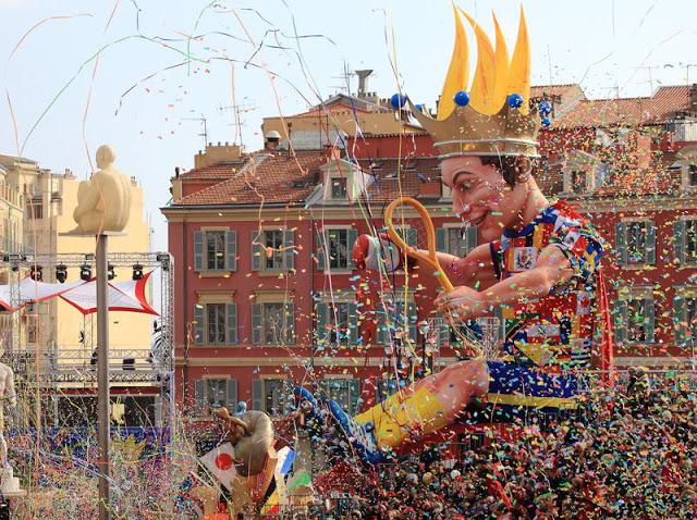 El Carnaval de Niza es un espectáculo